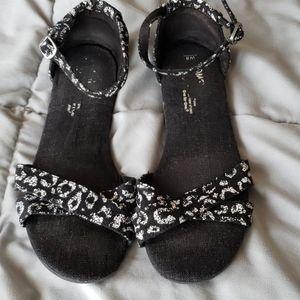 Toms Sandals Size 8